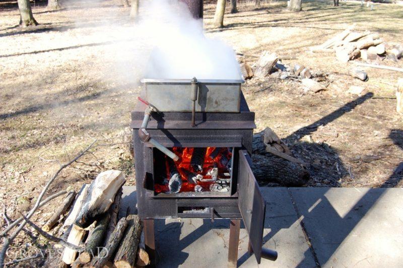 Evaporator boils down the sap