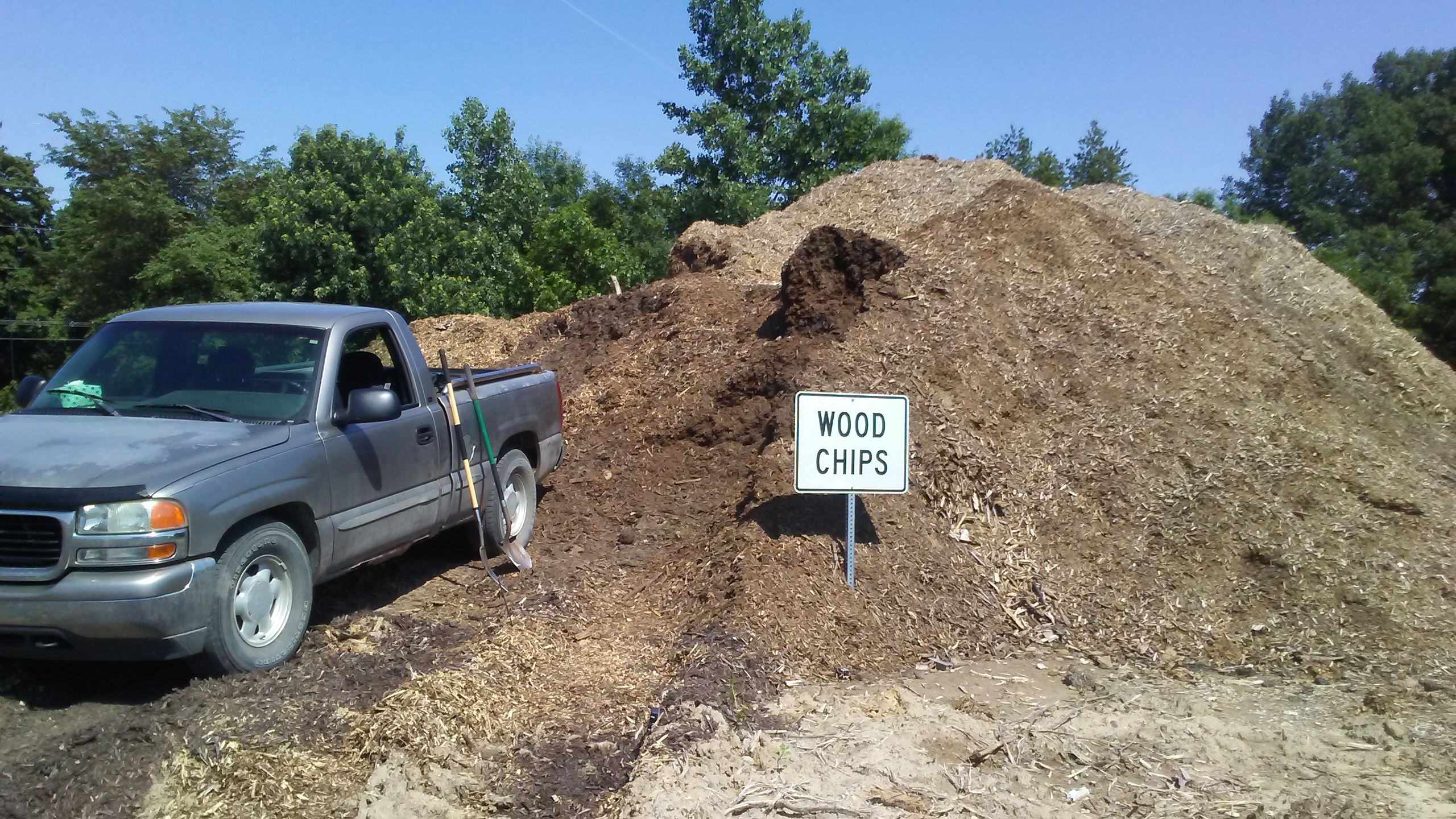 Where To Find Wood Chips For Your Back To Eden Garden The Grovestead